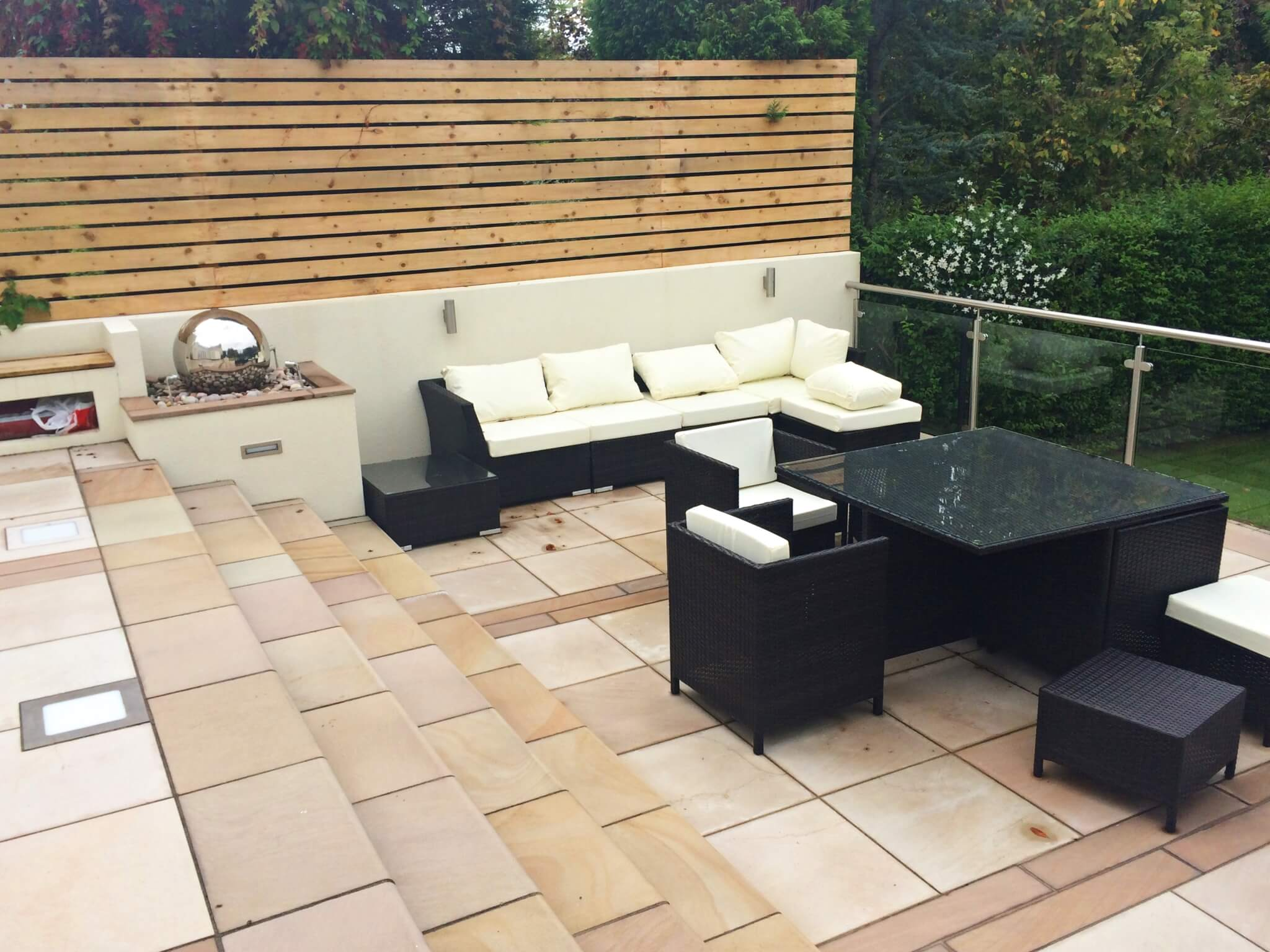 Contemporary Fencing Liverpool | Abel Landscaping